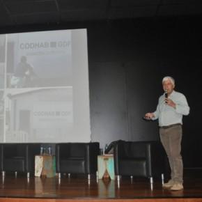 Arq. Gilson Paranhos  - Apresentação  no Seminário de Assistência Técnica Pública e Gratuita para projeto e Construção de habitação de baixa renda